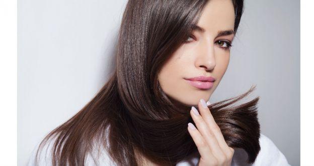 9 sposobów na utrzymanie idealnej fryzury przez cały dzień