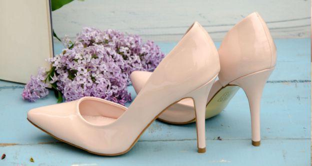 Jak odświeżyć buty