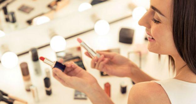 Testuj kosmetyki z Claudią