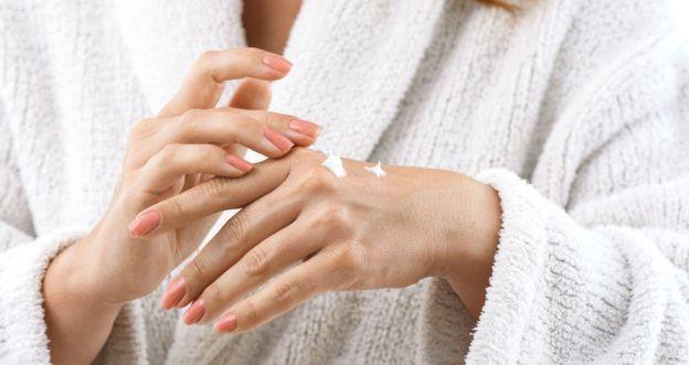 Jak odmłodzić dłonie