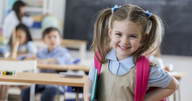 dziecko w pierwszej klasie