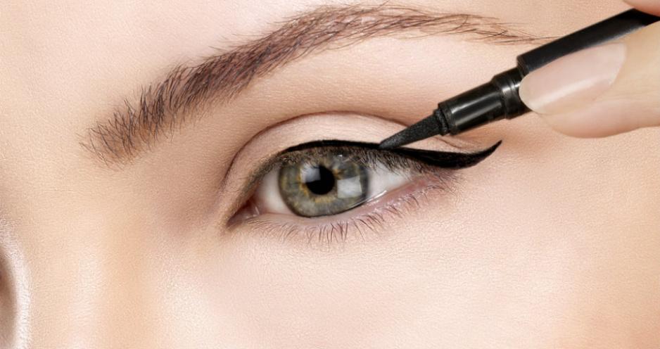 jak-zrobic-kreske-eyelinerem