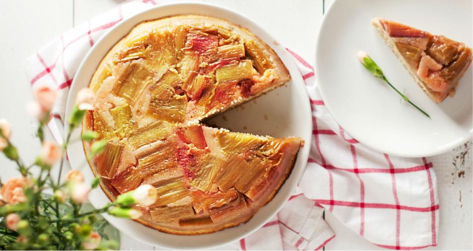 odwrócone-ciasto-z-rabarbarem