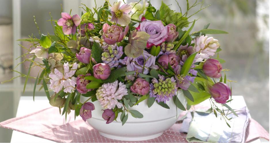 Wiosenny bukiet na stół - co będzie potrzebne?