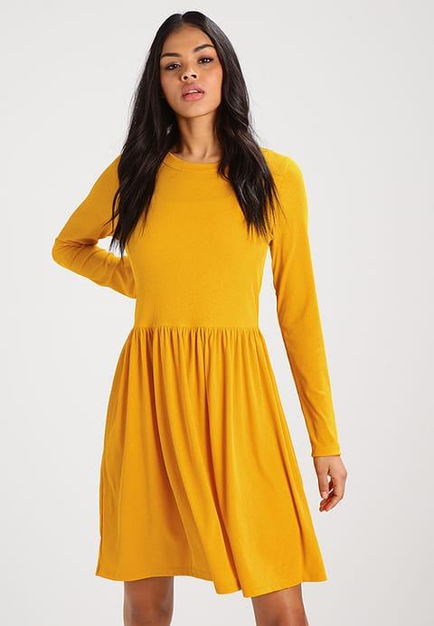 9f5ccc2644 Sukienka dzianinowa w żółtym kolorze