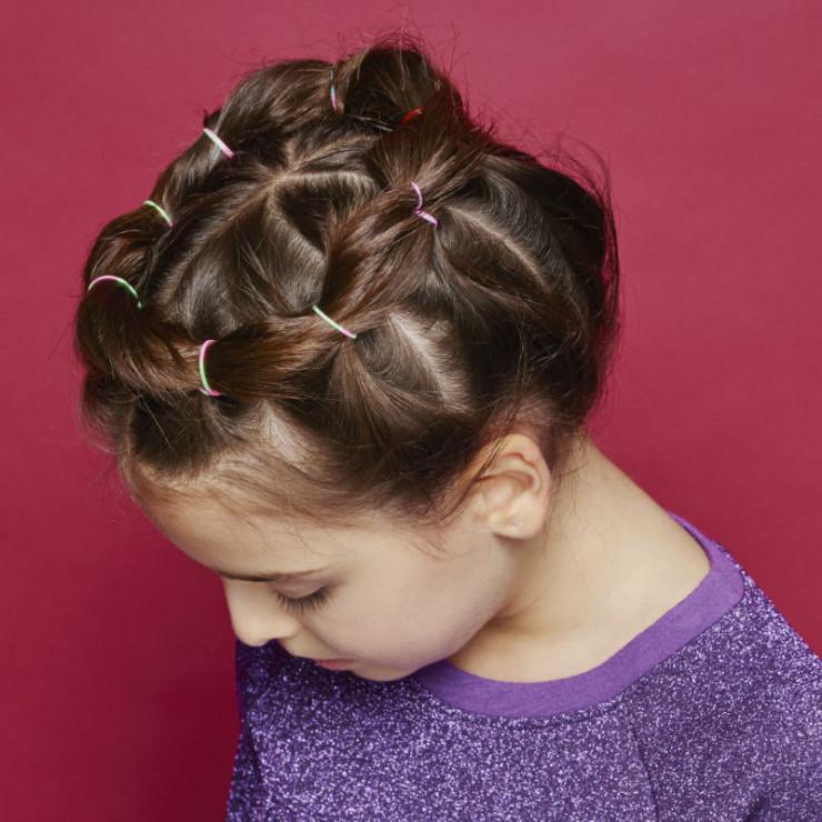 Nietypowy Okaz Wianek - 3 pomysły na plecione fryzury dla dziewczynki KE69