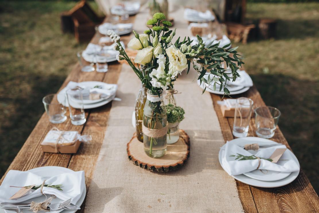 Aranżacja stołu weselnego - Najmodniejsze aranżacje stołu weselnego