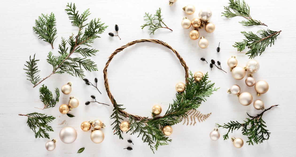 Stroik świąteczny wiszący - Stroiki świąteczne do powieszenia
