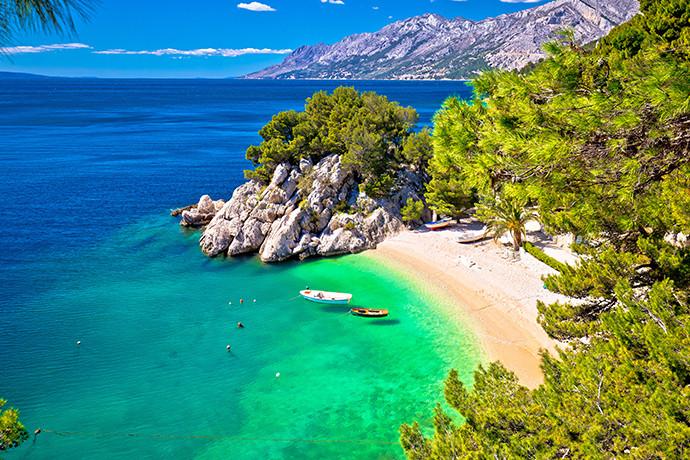 Plaża Punta Rata - 10 najpiękniejszych plaż w Chorwacji