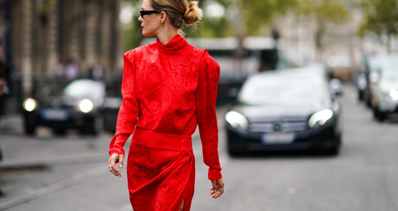 Czerwona sukienka najmodniejsze modele nie tylko na Dzień