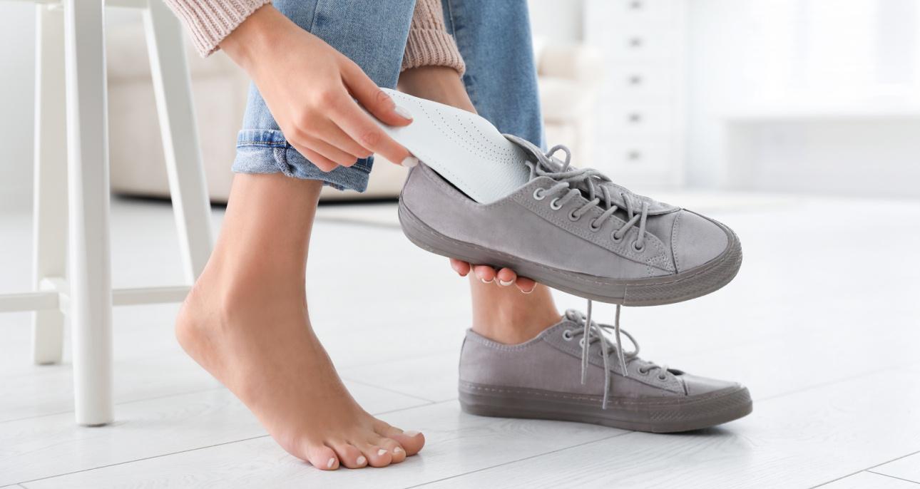 Jak Odswiezyc Buty 6 Skutecznych Domowych Sposobow Claudia Pl